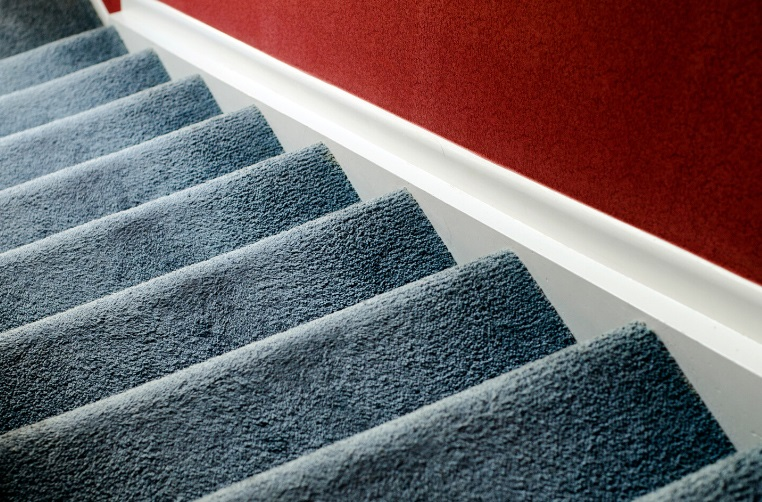 How to select the best carpets for stairs?